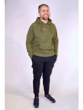 PULLOVER - HOOD DIFFERENCE